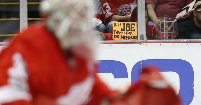 Red Wings beat Devils 4-1 in last game at Joe Louis Arena