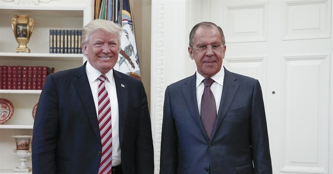 No, U.S. Press Wasn't Kept Out of Trump's Meeting With Lavrov While Russian Reporters Were Let In