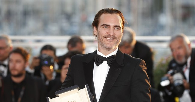 Joaquin Phoenix Calls Hollywood Racist in BAFTAs Acceptance Speech
