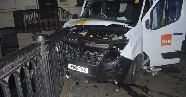 "London Bridge Bombers Had a ""Stockpile of Petrol Bombs"" in Van"