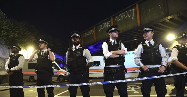 Terrorist Who Plowed Van Into Worshippers at London Mosque Blew Kisses to Witnesses