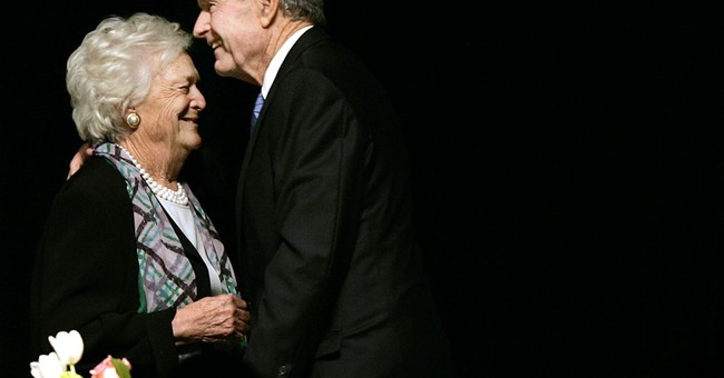 Former President George H.W. Bush Remains In ICU; Barbara Bush To Stay In Hospital Over The Weekend