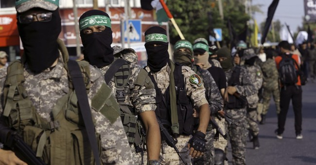 Hamas Considering Official Military Rule to Bypass Palestinian Authority in Gaza