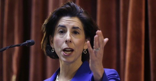 Rhode Island Governor Tells New Yorkers They'll Hunt Them Down to Stop Wuhan Coronavirus Spread