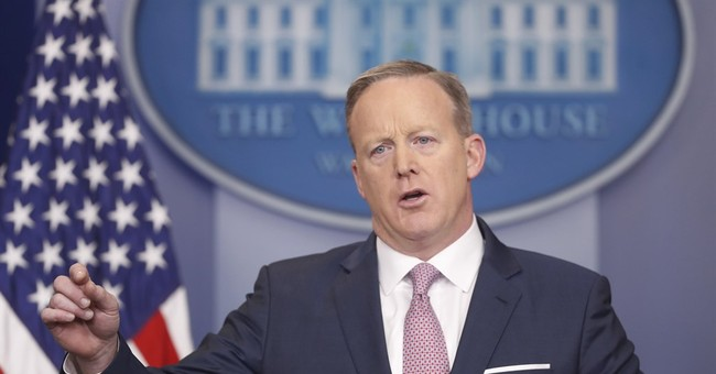 Press Asks Spicer Why Admin Isn't Investigating Trump's Voter Fraud Claims