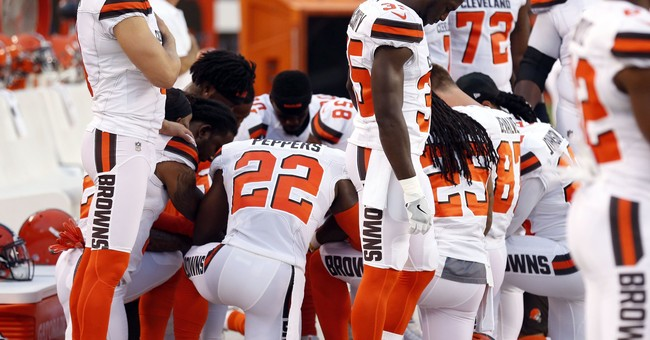 You Better Believe the Cleveland Police Responded to the Browns Players Who Took a Knee
