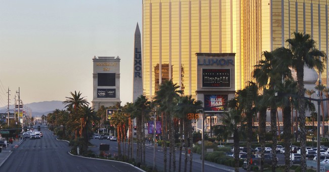 Here Are Ways You Can Help Las Vegas Victims