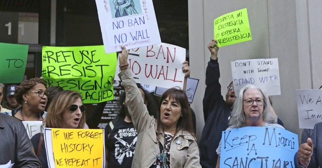 Americans Still Overwhelmingly Oppose Sanctuary Cities