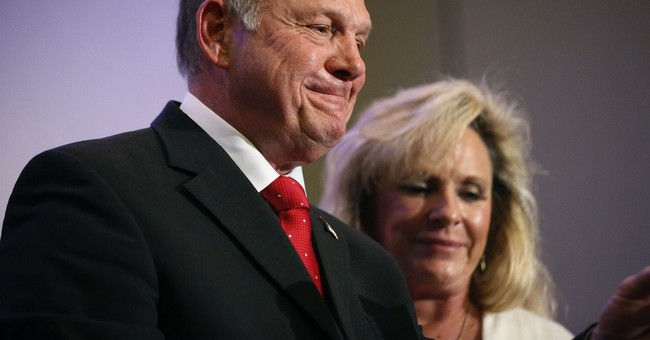 People of Alabama Need to Make Decision on Moore: White House