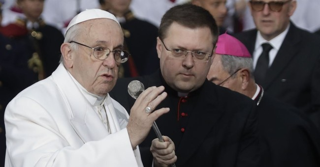 Papa Francisco: Journalists Can Sin Too, Ya Know