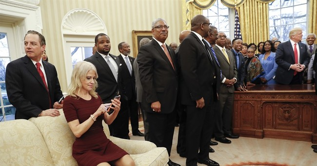 Kellyanne Conway Kneeled On A Couch And People Freaked Out