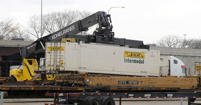 Innovative Chicago Gang Practice: Looting Freight Cars for Arms