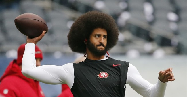 Chiefs' Alex Smith talks about former teammate Colin Kaepernick