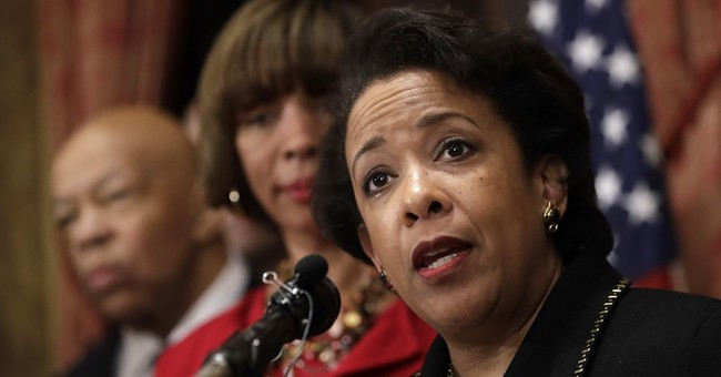 FBI Finally Admits It Has a Bunch of Documents About Bill Clinton's Tarmac Meeting With Loretta Lynch