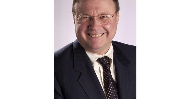 Longtime Associated Press executive James Donna dies at 71