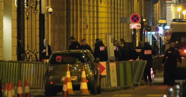 The Latest: Some jewels found after Paris Ritz heist