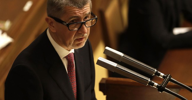 Czech government backs taxation of church restitution