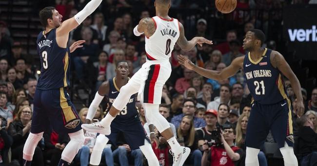 Davis scores 35, Pelicans hold off Blazers 97-95 in Game 1