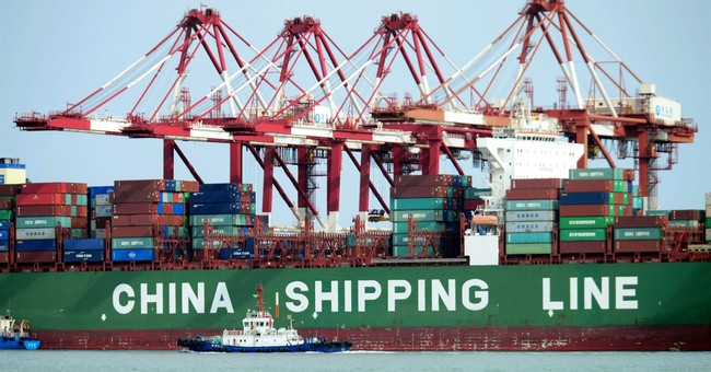 China's economic growth holds steady amid trade dispute