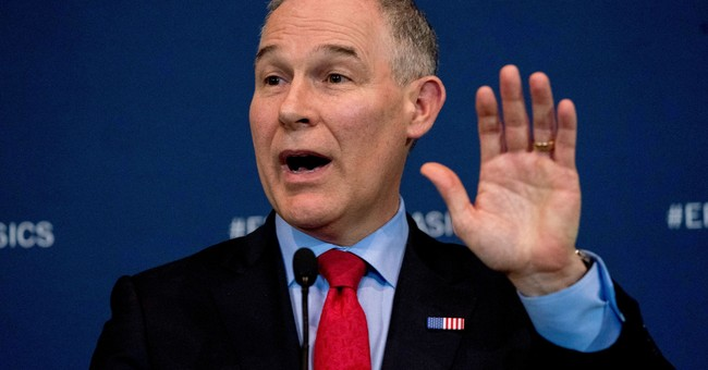 GAO says EPA violated spending law on Pruitt's privacy booth