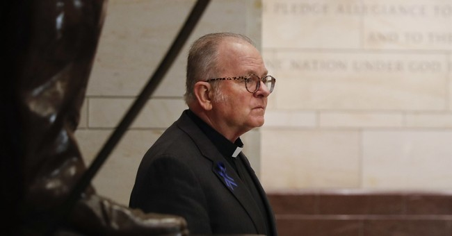 Ryan meets with House chaplain he ousted, then reinstated