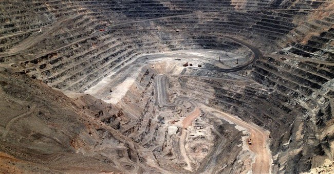 Trump reversal of mining pollution rule challenged in court