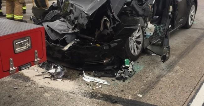 Car data: Utah Tesla driver had hands off wheel before crash