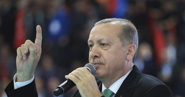 Turkey reveals route of 'crazy' Istanbul canal project