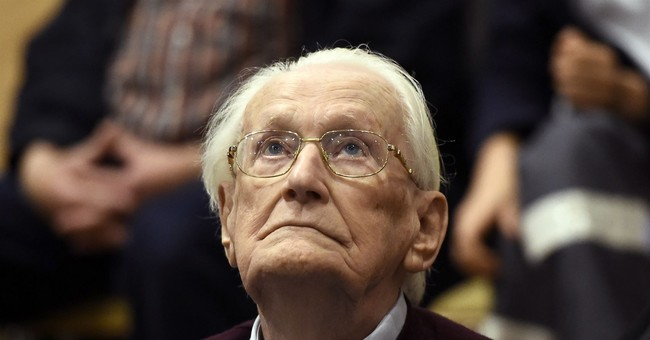 Convicted Auschwitz guard bids for clemency to avoid prison