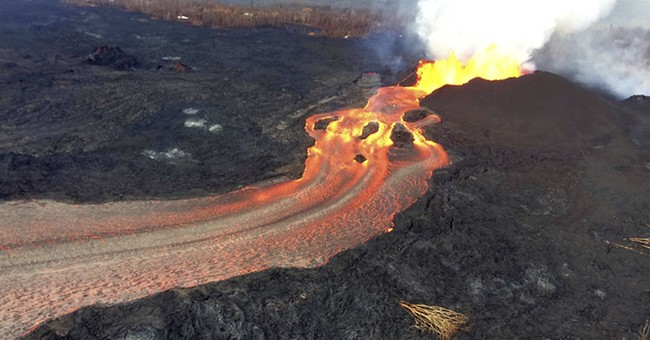 Some people evacuated by Hawaii lava go home