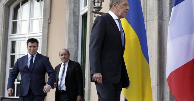 Russia, Ukraine talk peace in meeting with Germany, France