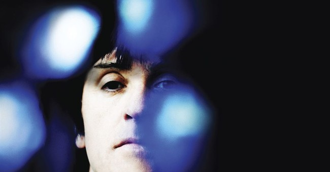 Review: Johnny Marr scales new heights with 'Call the Comet'