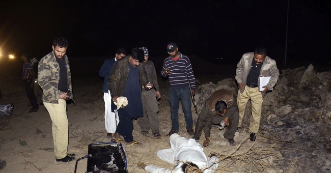 Pakistani police: Suicide bomber targets officer in Karachi