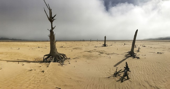 Drought-stricken Cape Town tightens water restrictions