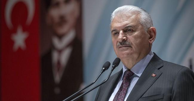 Syria threatens to down Turkish jets over its Kurdish region