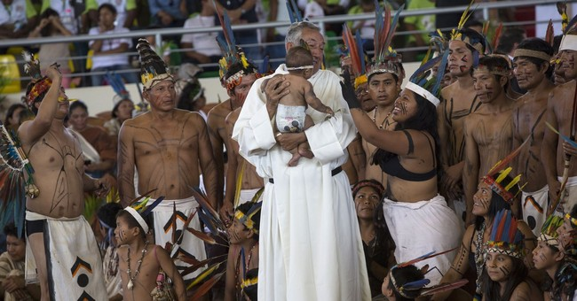 The Latest: Flat tire forces pope to switch cars in Lima