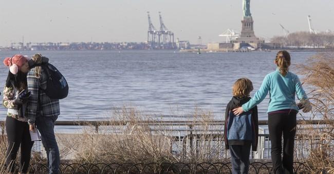 Shutdown forces closure of Statue of Liberty, Ellis Island