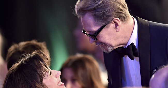 The Latest: Stars mingle and dance at SAG Awards after-party