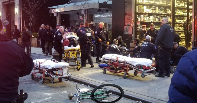 3 men shot in midtown Manhattan near Macy's, no arrests made