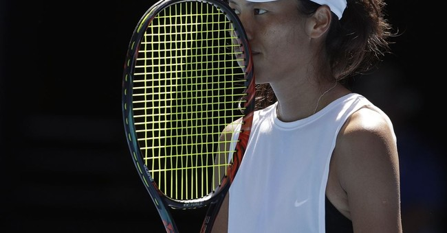 Hsieh brings unorthodox style to center stage at Aussie Open