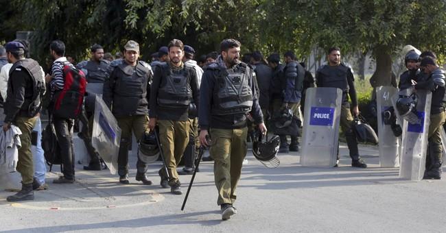 Rival student groups clash at elite Pakistan university