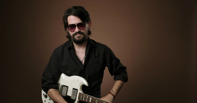 Shooter Jennings makes a left turn back to '80s country