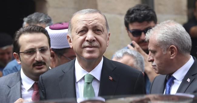 Turkey shaken by financial fears, Trump rattles it further