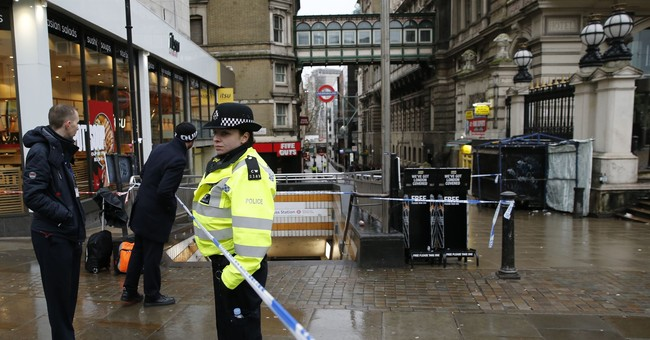 Gas leak repaired in central London after evacuation
