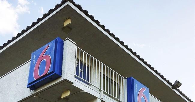 Suit alleges Motel 6 discriminated against Latino customers