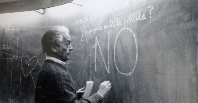 Chilean poet, physicist Nicanor Parra dies at 103