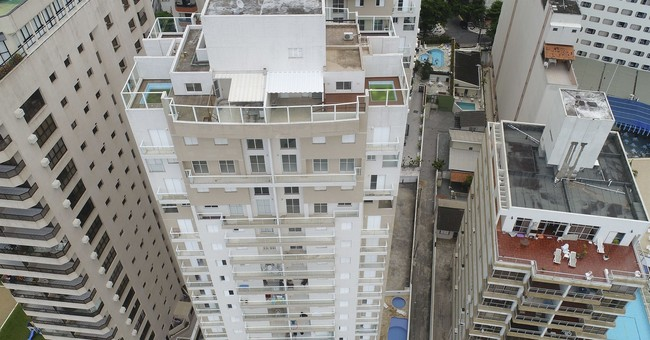 Future for Brazil's Lula hangs on apartment in decaying city