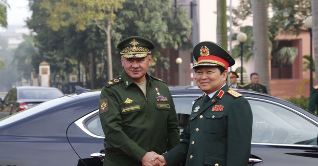 Russian defense minister visits Vietnam to boost ties