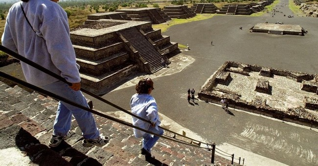 "Mexico's Teotihuacan ruins may have been ""Teohuacan"""