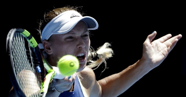 1st major, top ranking at stake in Halep-Wozniacki final